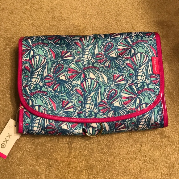 Lilly Pulitzer for Target Handbags - Lilly Pulitzer for Target cosmetic travel case